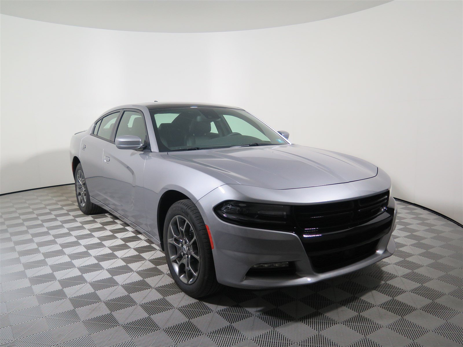 sxt dodge front quarters charger news en three first motor test trend plus