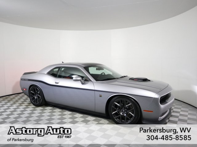 Pre-Owned 2016 Dodge Challenger 392 Hemi Scat Pack Shaker