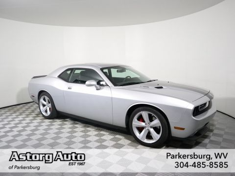Pre-Owned 2009 Dodge Challenger SRT8