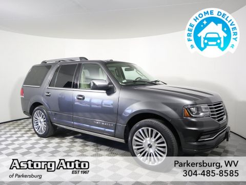 Pre-Owned 2015 Lincoln Navigator Reserve